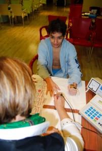 Μέτρηση υγείας με συσκευή βιοσυντονισμού και καταγραφή της λειτουργίας όλων των οργάνων των αθλητών (Deta Elis)