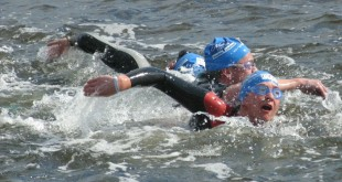 swimming-in-cold-water-by-armcurl