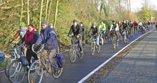 3055053-slide-s-4-germanys-62-mile-bike-autobahn-connects-10-cities