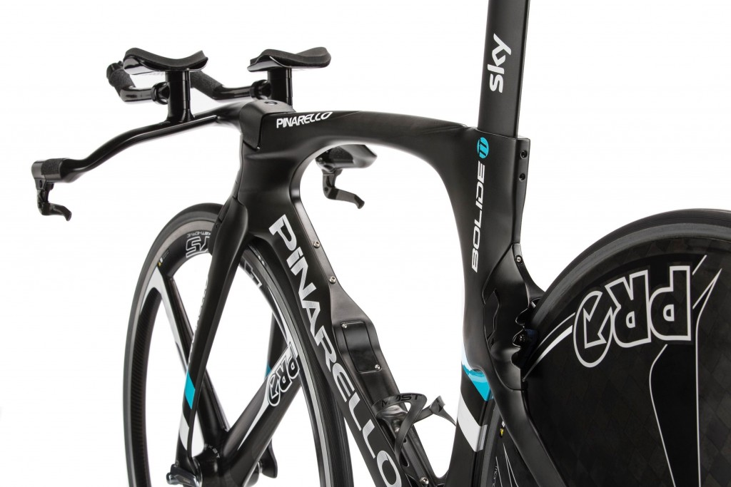 pinarello-bolide-tt-2016-rear-view