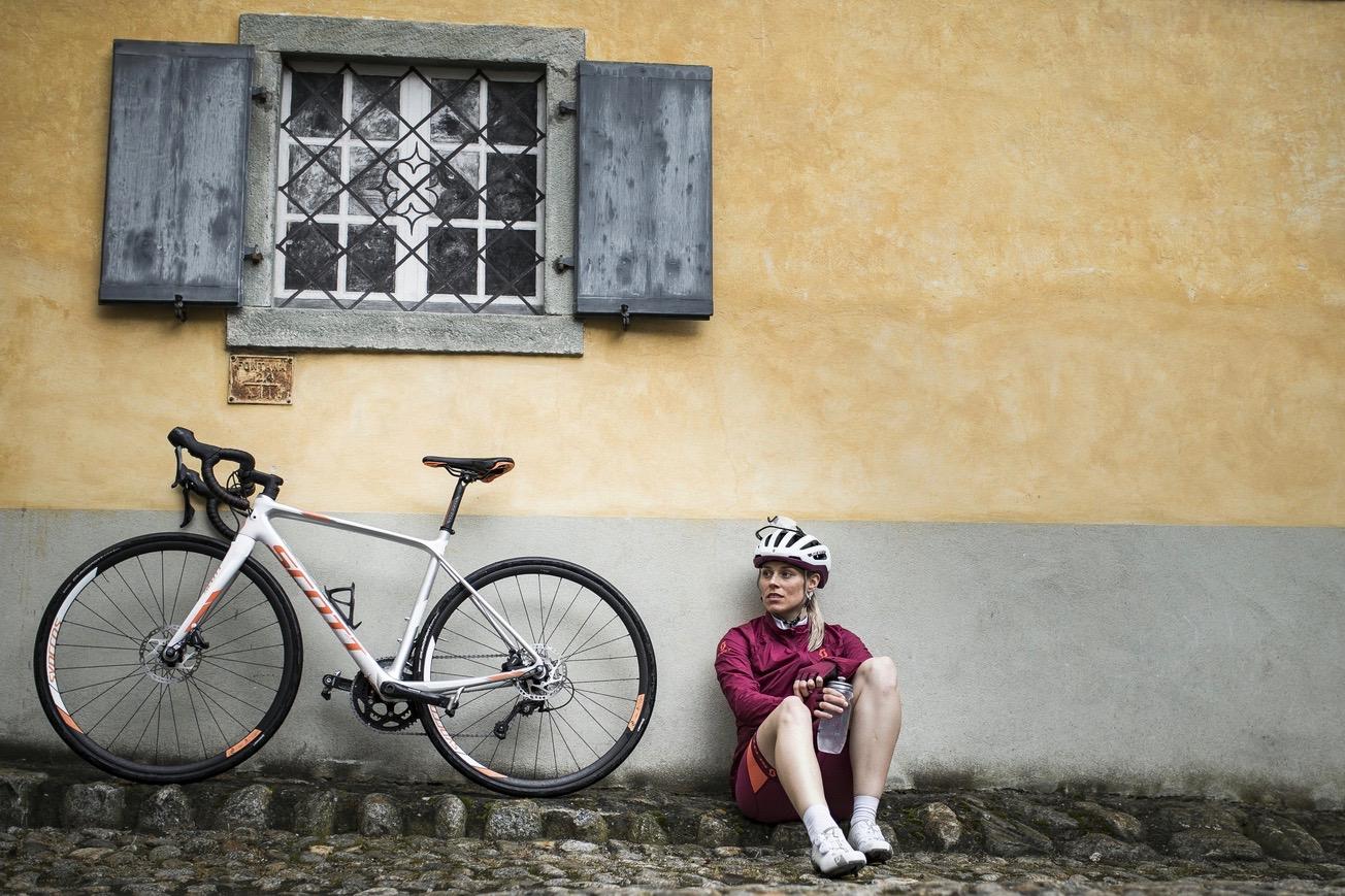 contessa-solace_close-up-image_2017_bike_scott-sports_13